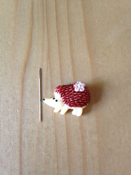 Hedgehog Needle Minder